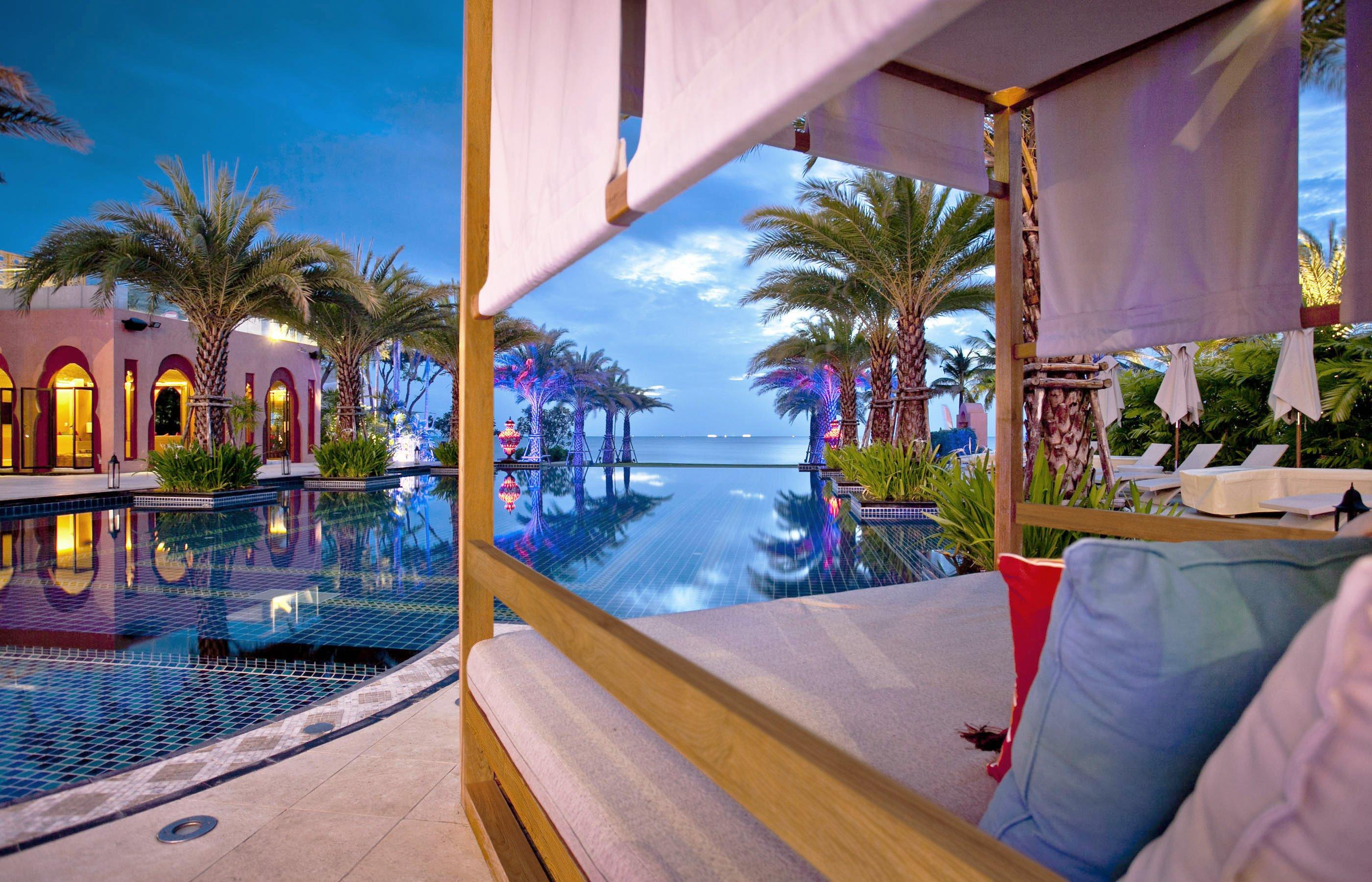Marrakesh-Hua-Hin-Resort-_-Spa_Swimming-Pool-(5)_edit.jpg